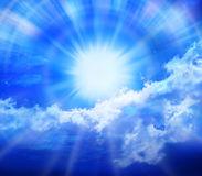 le-bleu-opacifie-le-soleil-de-ciel-9971203